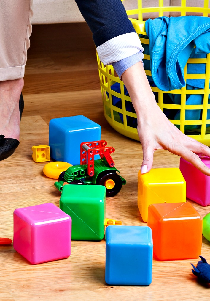 Spend 15 minutes per day picking up clutter before it becomes overwhelming.