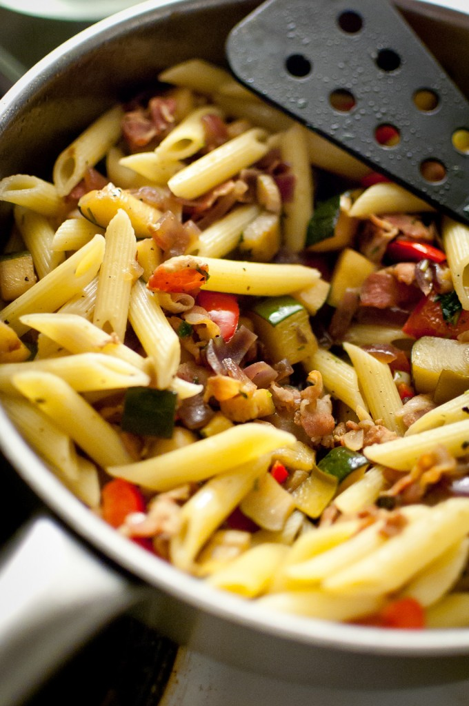 Looking for easy pasta recipes? Here's a great go-to pasta dish with bacon, onions and peppers. Click to get the recipe.