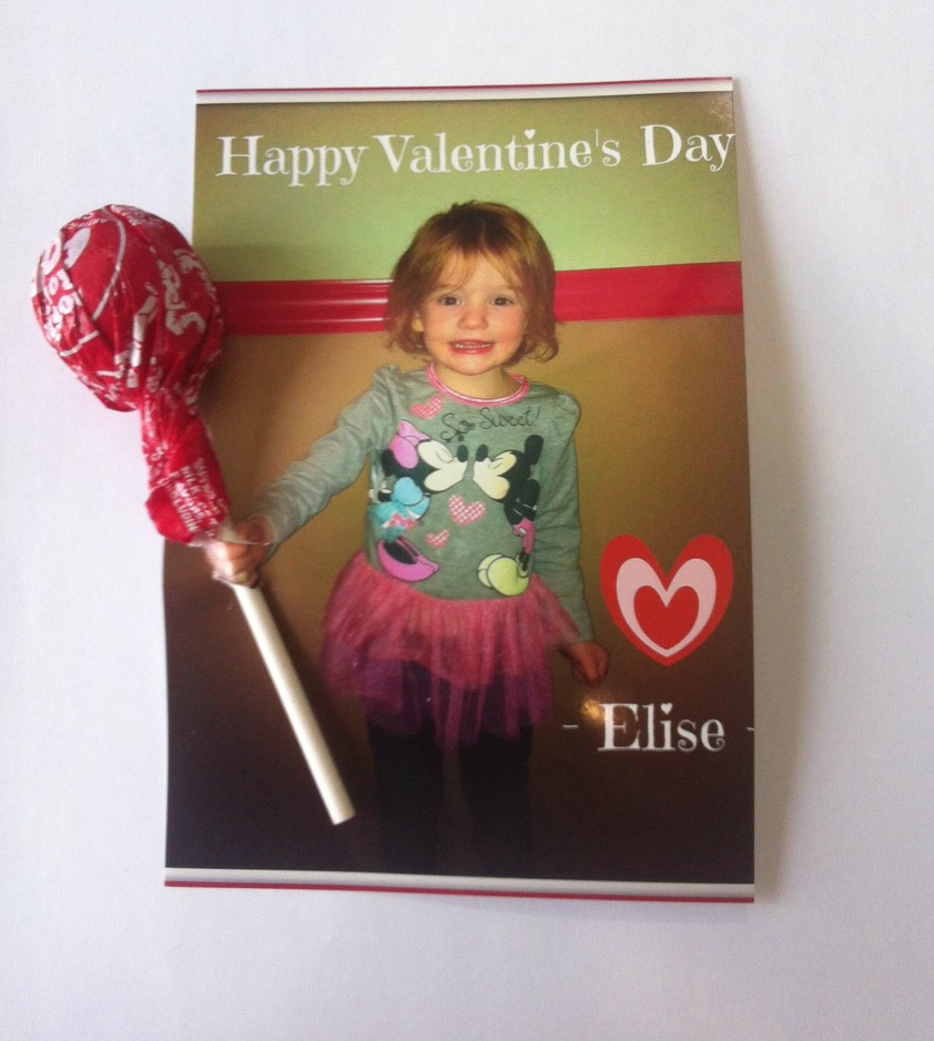 Here's an easy kids Valentine idea for moms who are short on time but want to do something with a homemade feel. Get the step-by-step tutorial here.