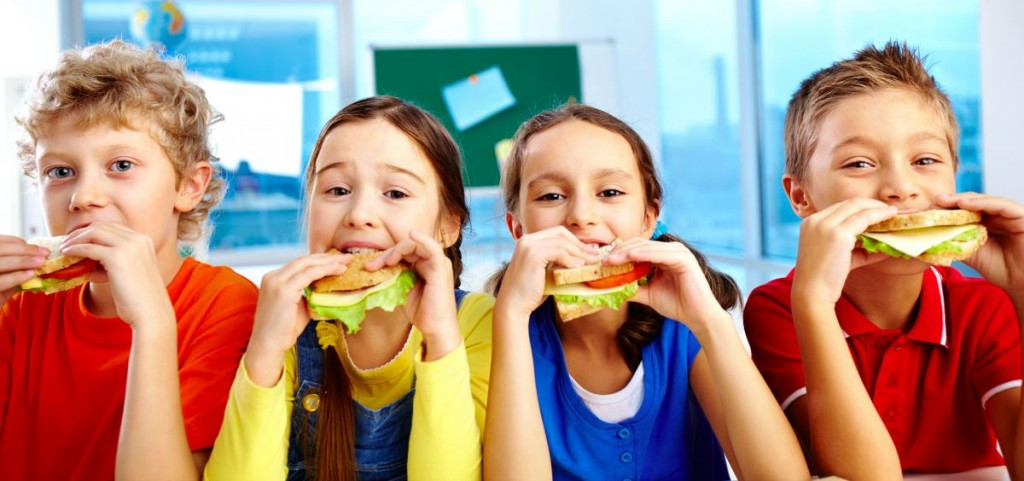 How to Get Your Kids to Pack Their Own Lunches