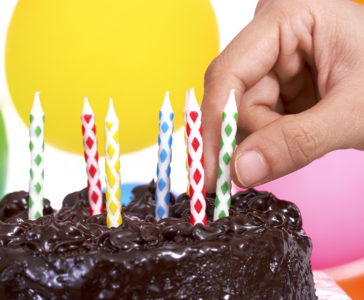 With an emphasis on fun rather than perfection, planning your child's birthday party can actually be a great way moms can create memories with your kids.