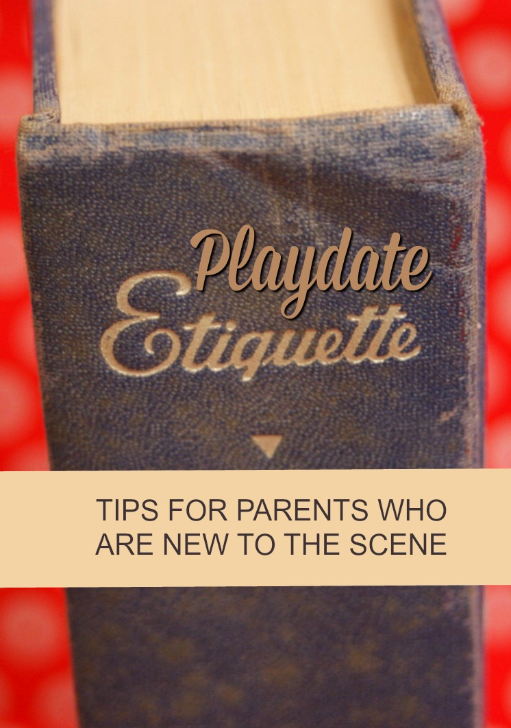 Wondering how the playdate scene works? Don't worry—this little guide has you covered. We'll show you the unwritten rules of playdate etiquette (for parents).