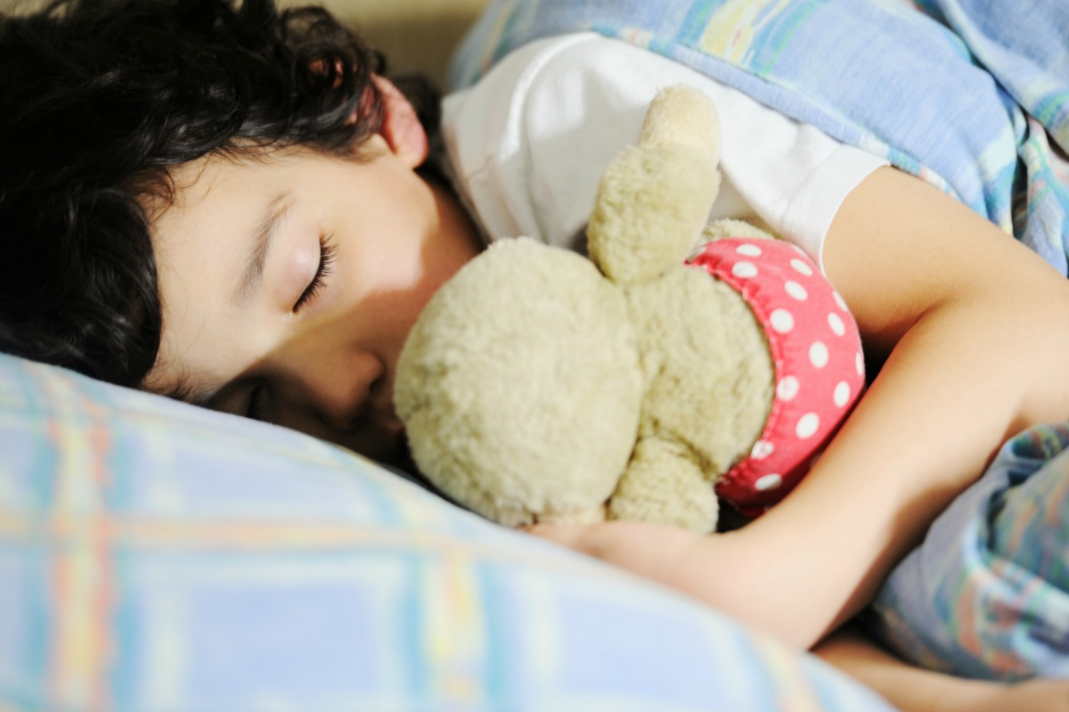 Our kids are not getting enough sleep these days—and neither are we. Here are 5 sleep tips to help busy famililes get a good night's rest.