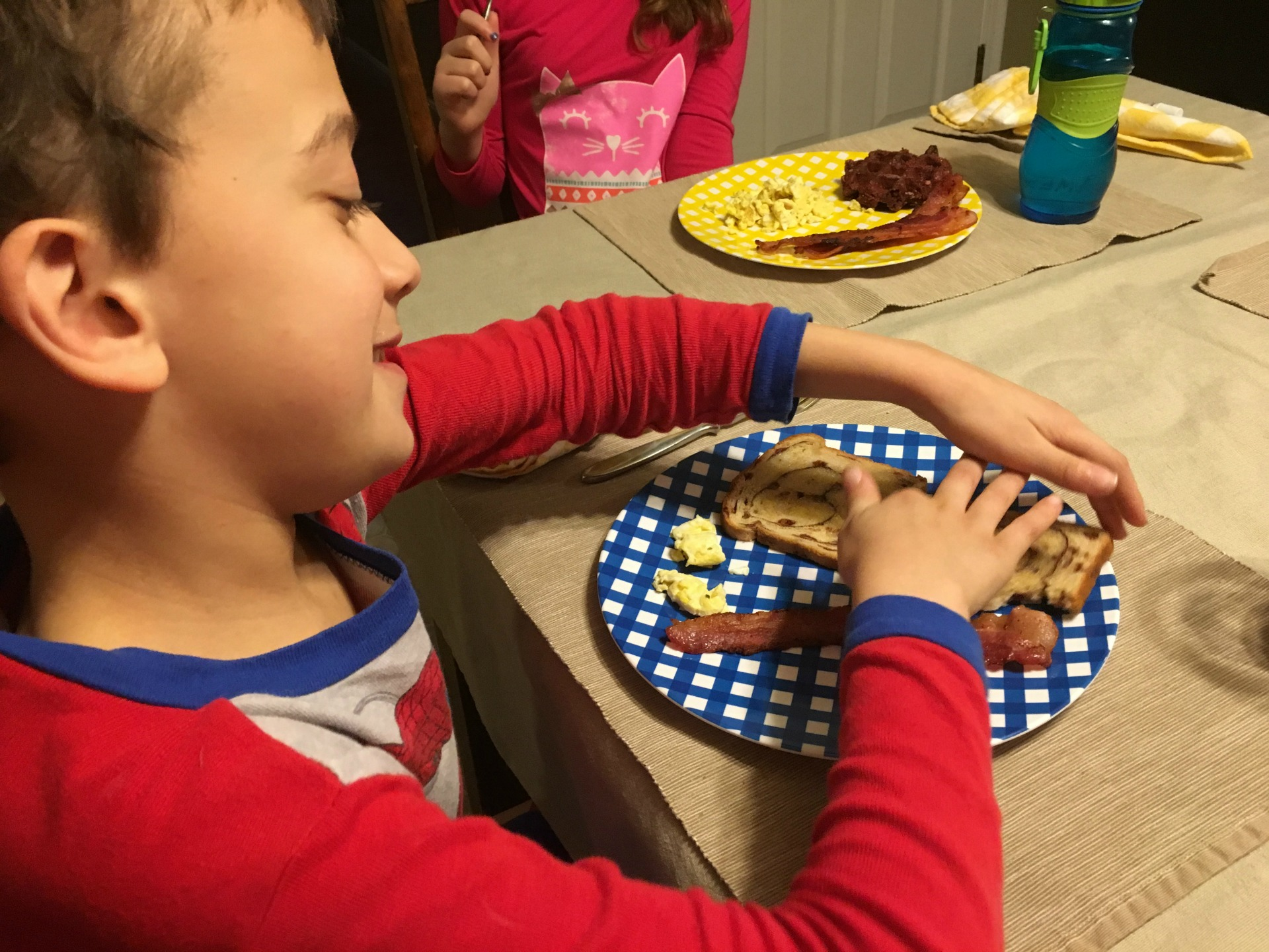 You want to enjoy quality family meals together, but how? Find out how to get rid of barriers to dinnertime with these tips for eating together as a family.